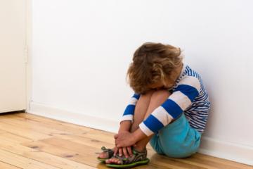 Toddler Tantrums: tips for handling them.